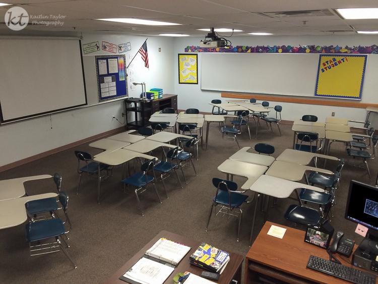 016-150819-ClassroomFirstDay-Web